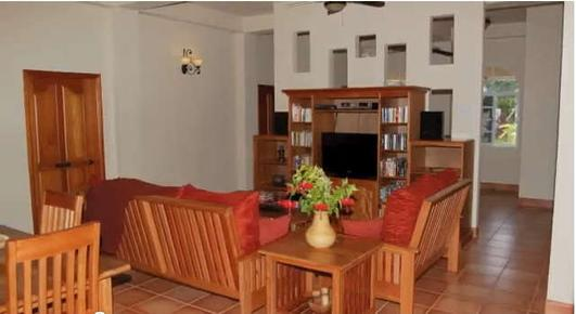 Serenity Sands Bed and Breakfast - Corozal - Living room