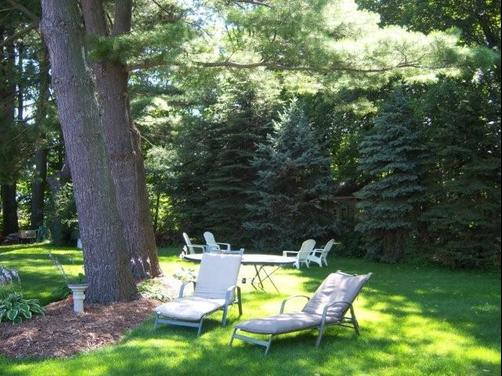 Captains Quarters Motel - Saugatuck - Patio