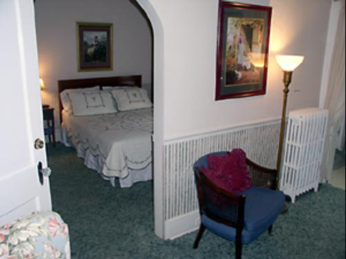 Colonial Manor Inn - Onancock - Bedroom