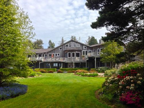 Floras Lake House By The Sea B&B - Bandon - Building