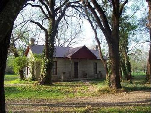 Old Rock House Bed and Breakfast - Hico - Building
