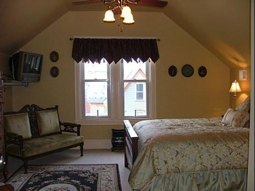 The River View Inn - Sunbury - Bedroom