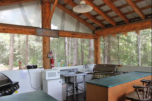 Chilkoot Trail Outpost Cabines - Skagway - Kitchen