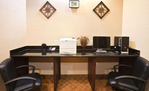 Holiday Inn Express & Suites Terrell - Terrell - Business center