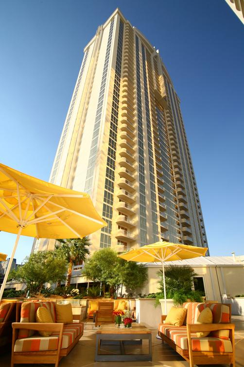 Luxury Suites International at The Signature - Las Vegas - Building