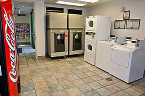 Motel 6 San Diego Downtown - San Diego - Laundry facility