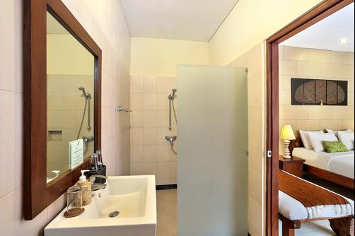 The Vie Villa - Seminyak - Bathroom