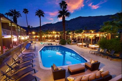 The Curve Palm Springs Hotel - Palm Springs - Pool