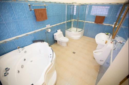 Coolabah - Sihanoukville - Bathroom