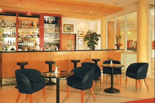 InterCityHotel Rostock - Rostock - Bar