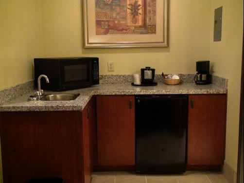 Holiday Inn Express & Suites Greenville - Greenville - Kitchen