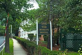 The Roslyn Hotel