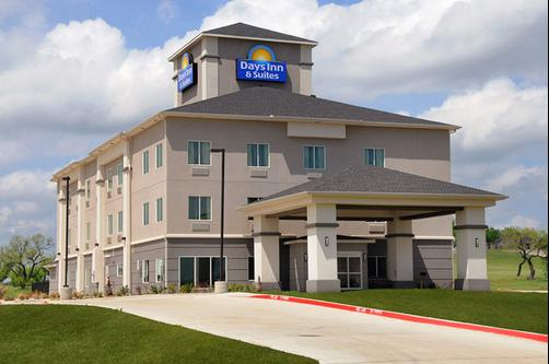 Days Inn & Suites Mineral Wells - Mineral Wells - Building