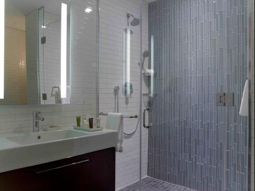 The Tuscany - A St Giles Boutique Hotel - New York - Bathroom