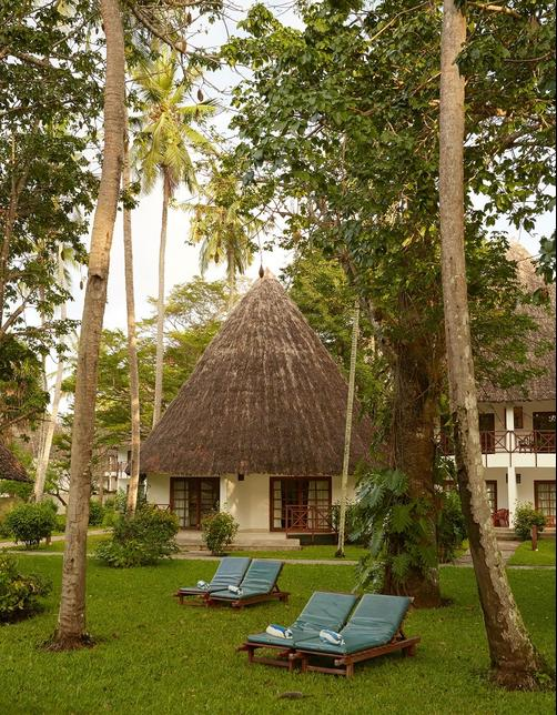 Neptune Village Beach Resort & Spa All Inclusive - Ukunda - Building