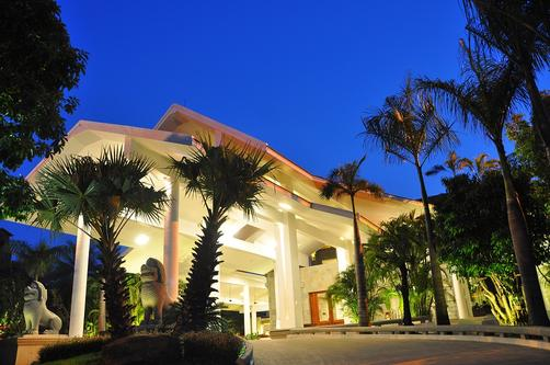 The Privilege Floor @ Borei Angkor - Siem Reap - Attractions
