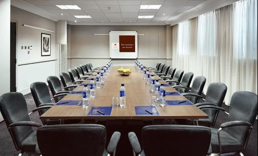 Doubletree by Hilton London - Docklands Riverside - London - Conference room