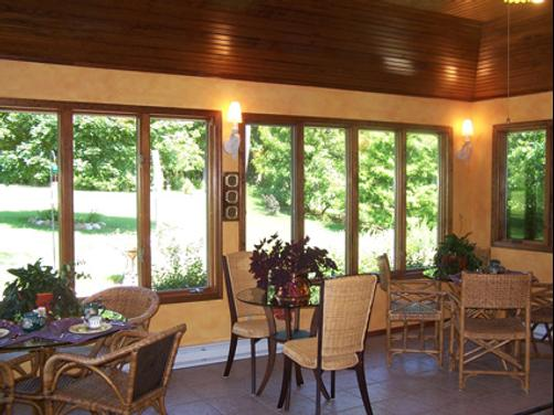 Hidden Lake Bed and Breakfast - Jonesboro