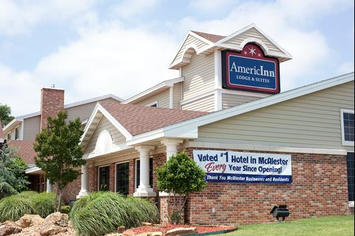 AmericInn Lodge & Suites McAlester - McAlester - Building