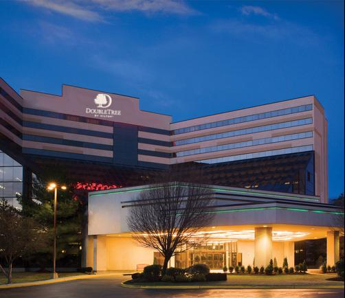 DoubleTree by Hilton Hotel Newark Airport - Newark - Building
