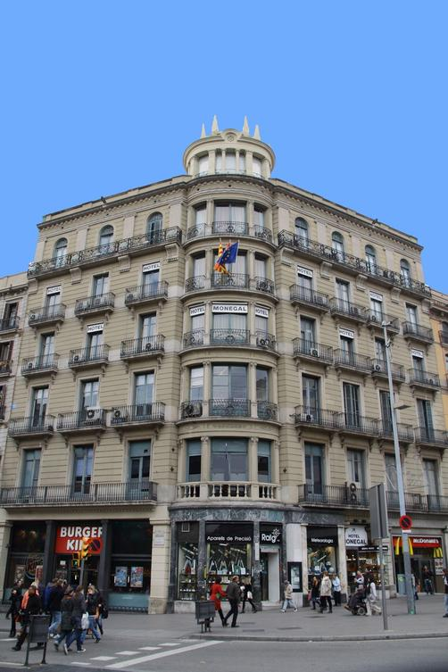 Medium Monegal - Barcelona - Building