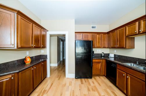 Hollywood Walk Apartment - Los Angeles - Kitchen