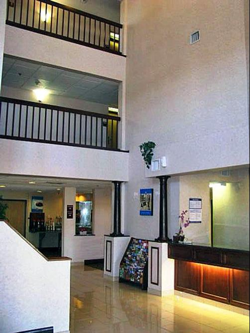 Motel 6 Ft Worth - Bedford - Bedford - Lobby