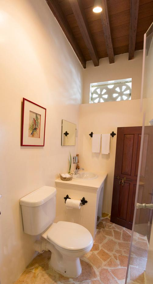 Xva Art Hotel - Dubai - Bathroom