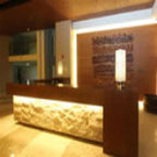 Crown Regency Resort & Convention Center - Boracay Island - Front desk