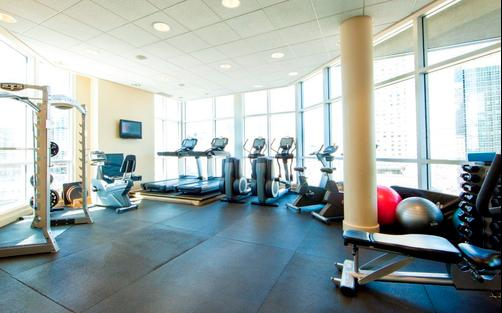 Hotel Le Crystal Montreal - Montreal - Gym