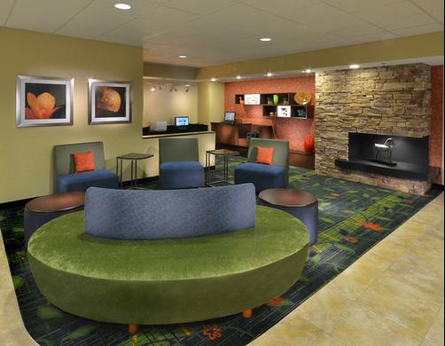 Fairfield Inn and Suites by Marriott Charlottesville North - Charlottesville - Lobby