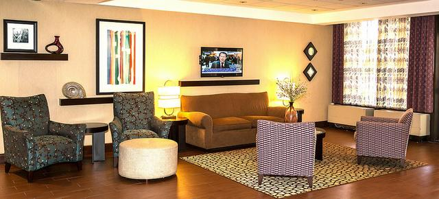 Holiday Inn Express Worcester Downtown - Worcester - Lobby