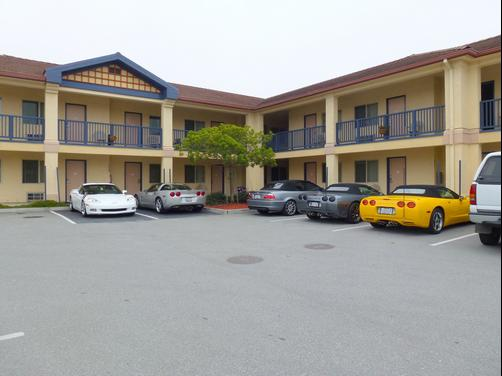 Howard Johnson Marina at Monterey Bay - Marina - Building