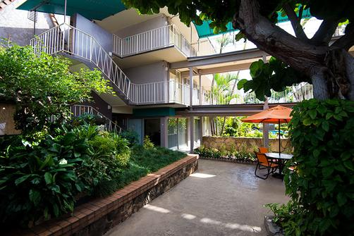 Castle Pacific Marina Inn Airport Hotel - Honolulu - Outdoors view