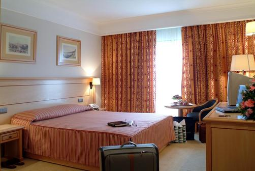 Hotel Real Palacio - Lisbon - Double room