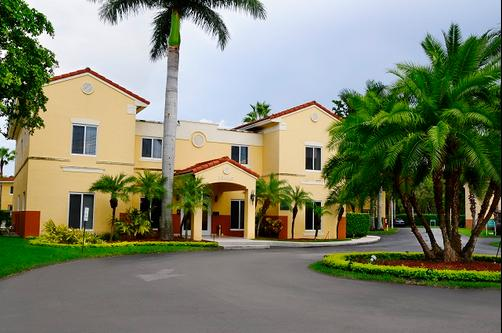 Shamrock Rentals of South Florida - Kendall - Miami - Building