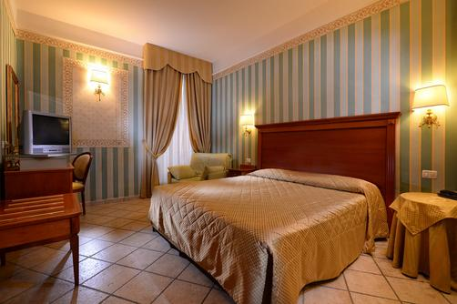 Hotel Golden - Rome - Bedroom