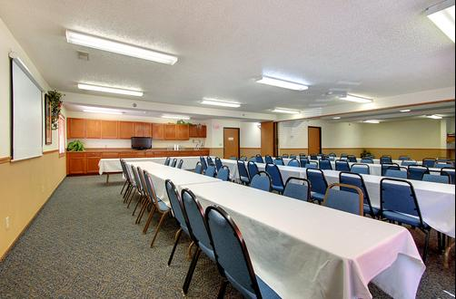 Super 8 Lincoln/Cornhusker Hwy - Lincoln - Conference room