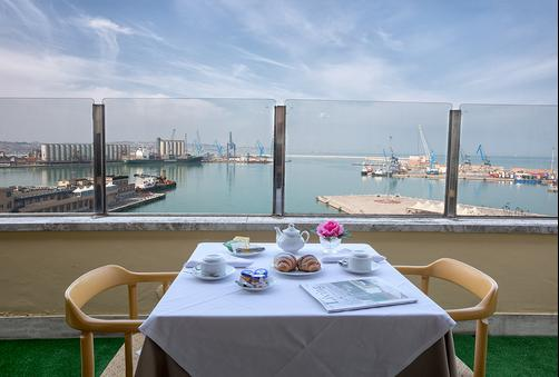 Grand Hotel Palace - Ancona - Outdoors view