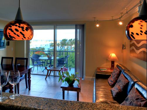 The Mutiny Luxury Suites Hotel - Coconut Grove - Kitchen