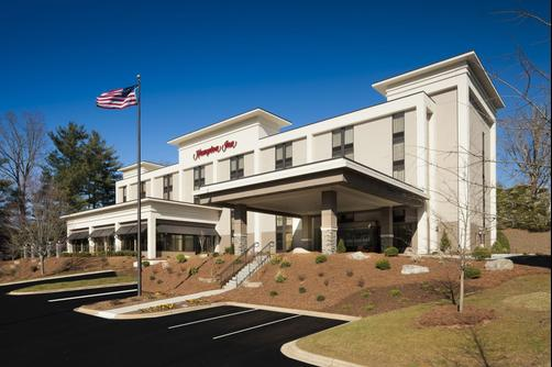 Hampton Inn Asheville-Tunnel Road - Asheville - Building