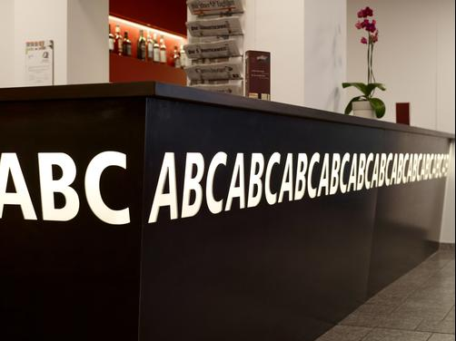 ABC Swiss Quality Hotel - Chur - Front desk