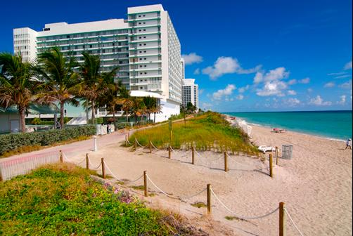 Deauville Beach Resort - Miami Beach - Beach