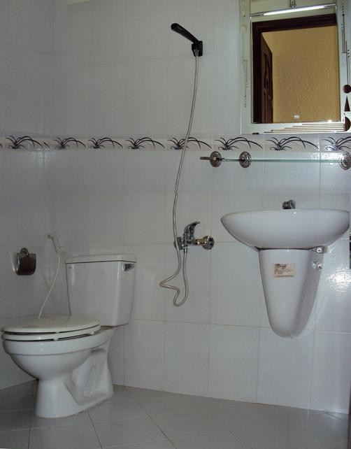 Thien Hong Guesthouse - Ho Chi Minh City - Bathroom