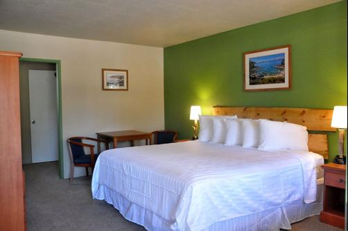 The Trailhead - South Lake Tahoe - King bedroom