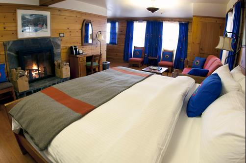 Timberline Lodge - Government Camp - King bedroom