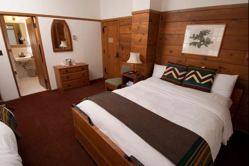 Timberline Lodge - Government Camp - Bedroom