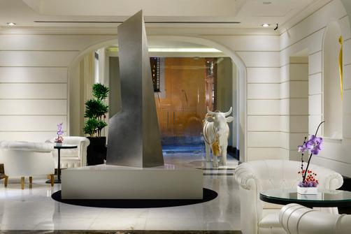 The First Luxury Art Hotel Roma - Rome - Hall