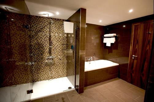 Bewleys Hotel Dublin Airport - Dublin - Bathroom