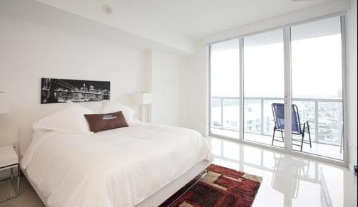 Sky City at Icon Brickell - Miami - Bedroom